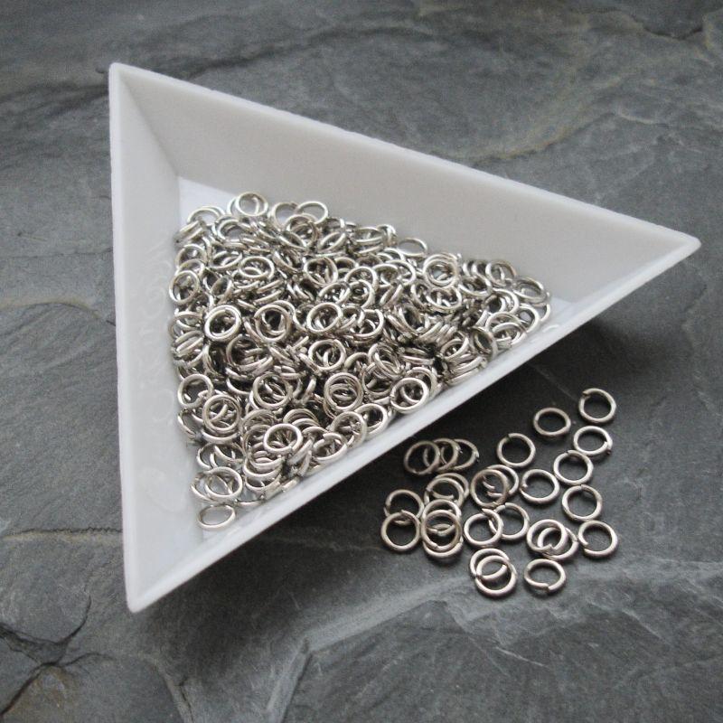 Kroužky spojovací - průměr 4mm - platinové