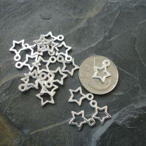 Přívěsek hvězdička 10x14mm - stříbrná