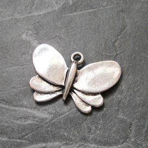 Zvětšit fotografii - Přívěsek motýl 28x19mm - starostříbrný