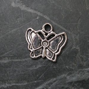 Přívěsek motýlek 17x13mm - starostříbrný
