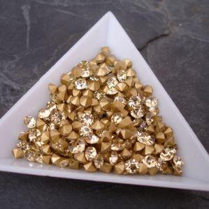 Skleněné šatony cca 4,0 - 4,2 mm - sv. žluté