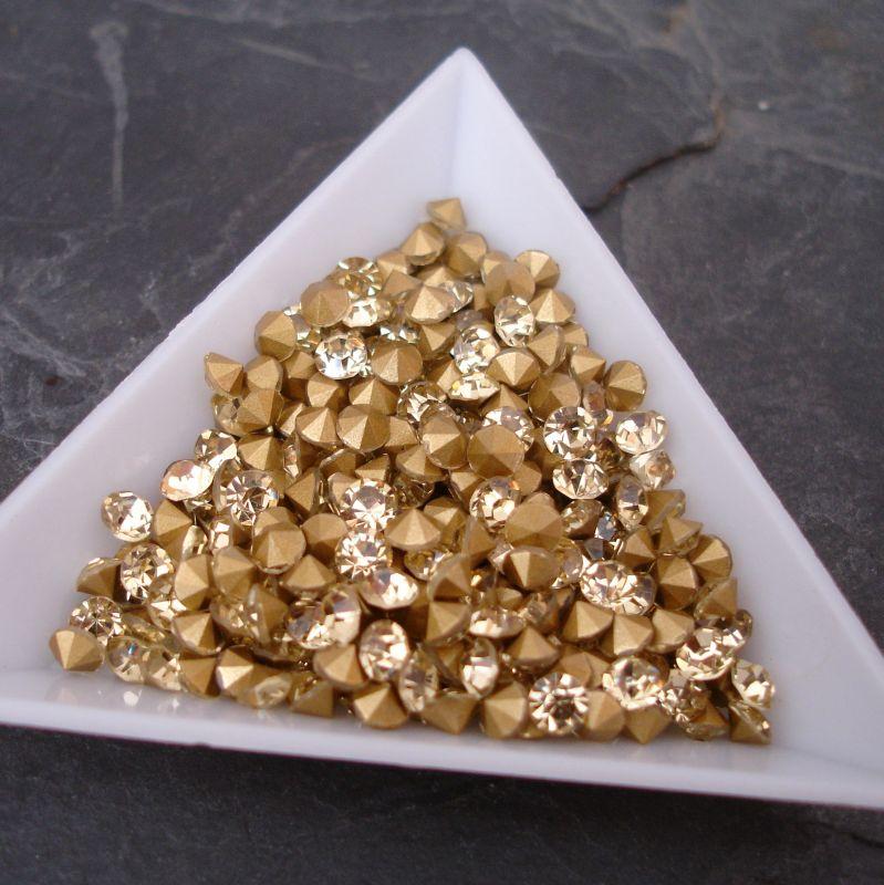 Šatony cca 4,0 - 4,2 mm - sv. žluté