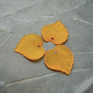 Akrylový lísteček 16x15 mm - oranžový