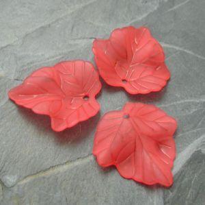Akrylový lístek 24x23 mm - červený