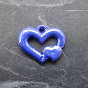 Plastové srdíčko 25x20mm - tm. modré