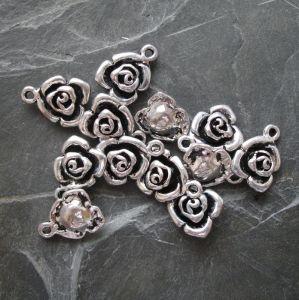 Přívěsek květ růže 13x17mm - starostříbrná