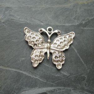 Přívěsek motýl 33x25 mm - starostříbrný