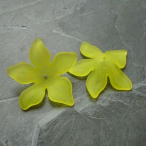 Akrylový květ 29mm - žlutý