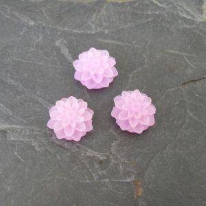 Kabošon kytička 15mm - fialovorůžová