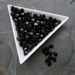 Mačkané korálky pohanka 5mm - černé