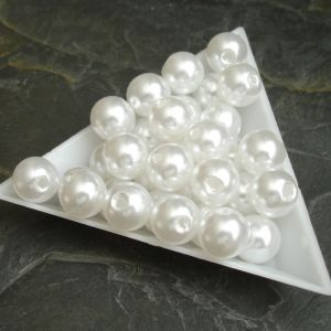 Plastové korálky cca 10 mm - bílé