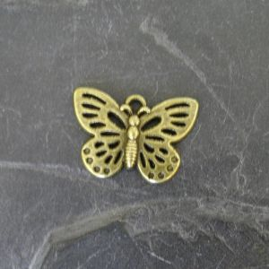 Přívěsek motýl 25x17mm - starobronzový