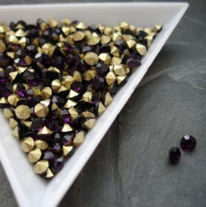 Skleněné šatony cca 2,7 - 2,8 mm - tm. fialové