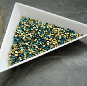 Skleněné šatony cca 3,3 - 3,4 mm - modrozelené