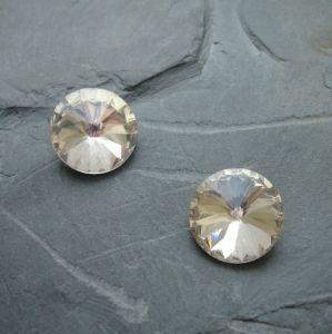 Skleněný broušený kamínek 12mm - čirý