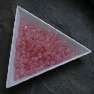 Ohňovky  cca 4mm - růžové mléčné