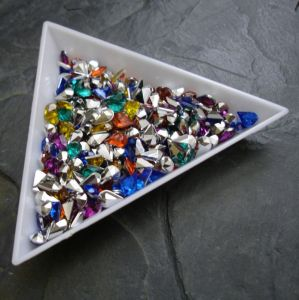 Kamínek akrylová kapka 4x6mm - mix