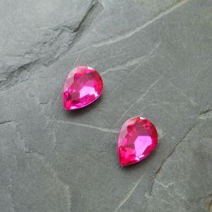 Skleněný broušený kabošon 10x14mm - růžový sytý