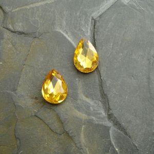 Skleněný broušený kamínek 10x14mm - žlutý