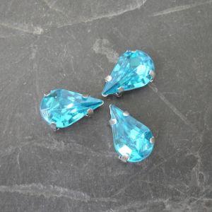 Akrylové kamínky 13x8mm v kotlíku - azurové