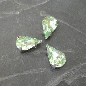 Akrylové kamínky 13x8mm v kotlíku - sv. zelené
