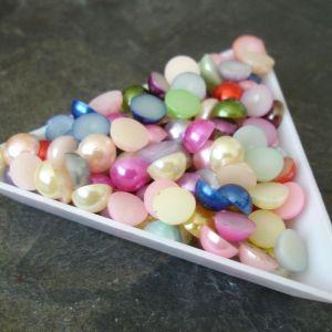 Kabošonek plastový - 7mm - mix