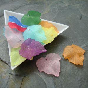 Akrylové lístky 24x23 mm - mix - 10 ks