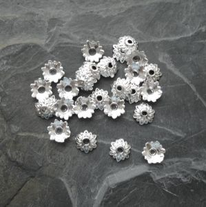 Kaplík 8 mm - stříbrný - 10 ks