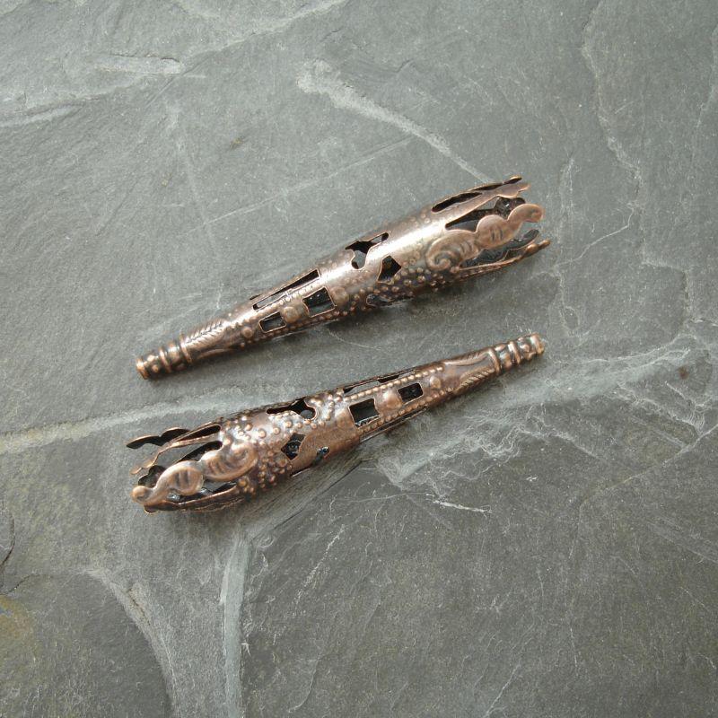 Dlouhý filigránový kaplík 41x8 mm - staroměď