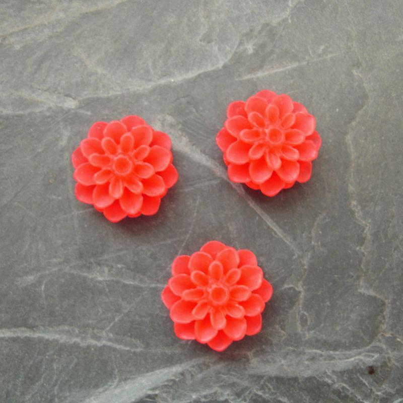 Kabošon chryzantéma 15mm - oranžovočervená - 2 ks