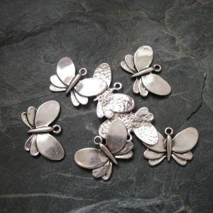 Přívěsek motýlek 28x19mm - starostříbrný - 1 ks