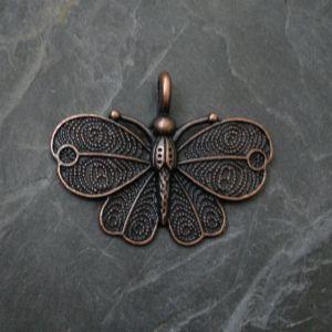 Přívěsek motýl 41x32mm - staroměděný