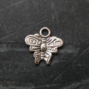 Přívěsek motýlek 10x10mm - starostříbrný