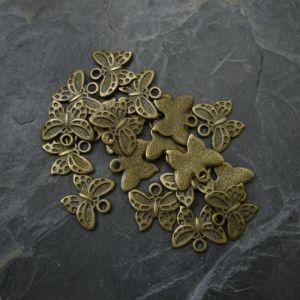 Přívěsek motýlek 17x15mm - starobronzový