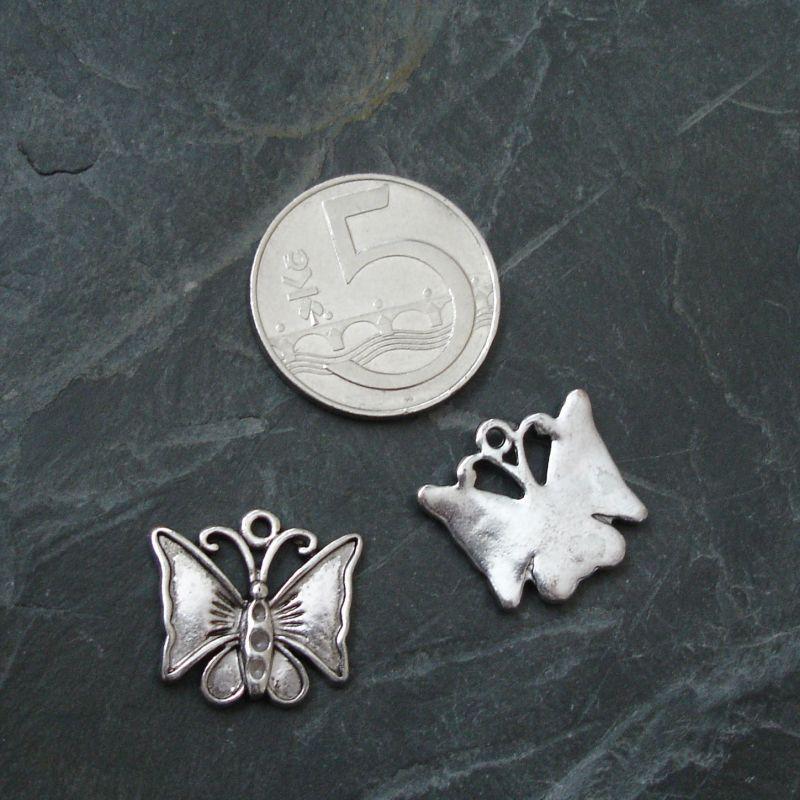 Přívěsek motýlek 19x17mm - starostříbrný