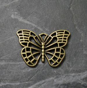 Přívěsek motýlek 25x18mm - starobronzový - 1 ks