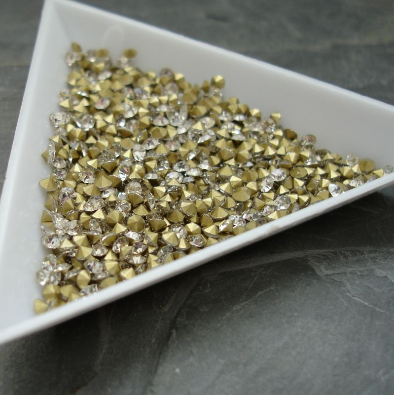 Šatony cca 1,6 - 1,7 mm - čiré - 50 ks