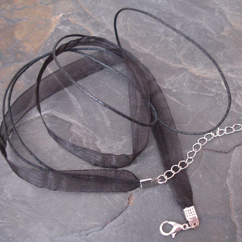 Víceřadá bavlněná šňůra se stuhou 45cm - černá - 1 ks