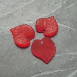 Akrylový lísteček 14x14mm - červený - 10 ks