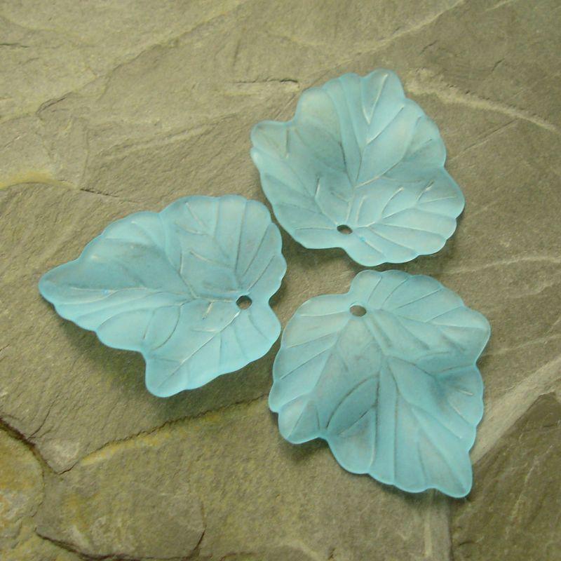 Akrylový lístek 24x23 mm - modrý azurový
