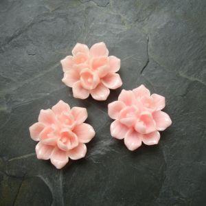 Kytka z pryskyřice 39x18mm - růžová - 1 ks
