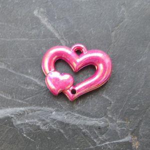 Plastové srdíčko 25x20mm - růžovofialové