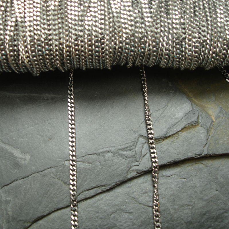 Řetízek twist 2,8x2,2mm nerezová ocel 316 (Stainless Steel) - 1 m