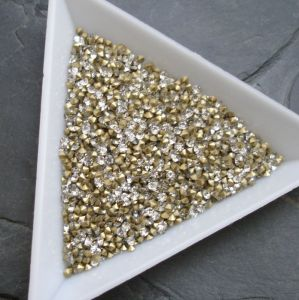 Skleněné šatony cca 1,9 - 2,0 mm - čiré