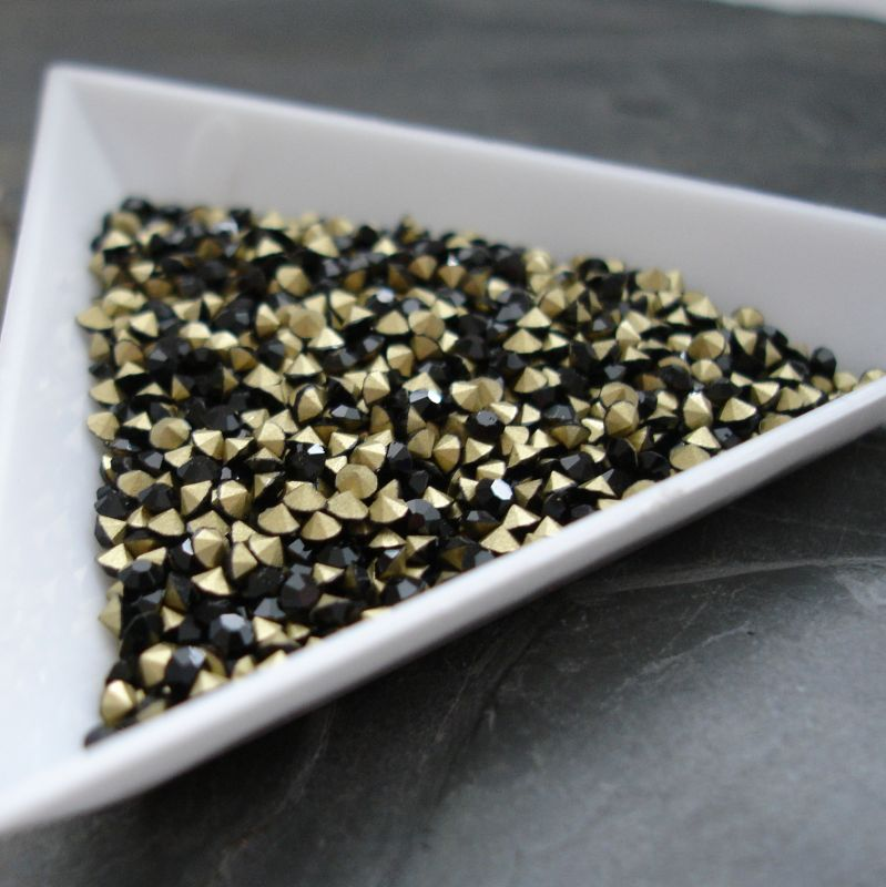 Šatony cca 2,5 - 2,6 mm - černé - 50 ks