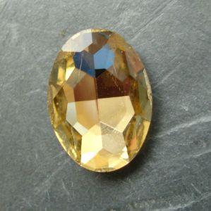 Skleněný broušený kamínek ovál 18 mm - hnědý - 1 ks