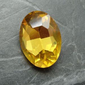 Skleněný broušený kamínek ovál 18 mm - žlutý - 1 ks
