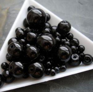 Skleněné voskované kuličky - mix velikostí - černé - 30 g