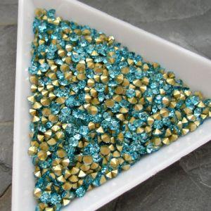 Skleněné šatony cca 2,5 - 2,6 mm - azurové - 50 ks