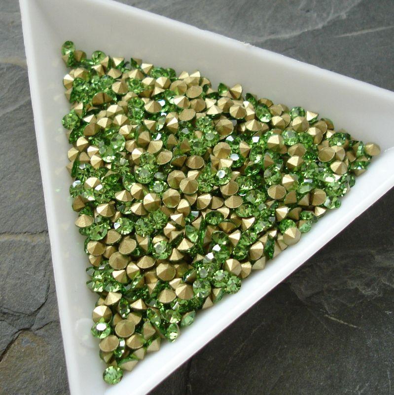 Šatony cca 2,6 - 2,7 mm - sv. zelené - 50 ks